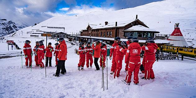 03_Skischule-Kleine-Scheidegg-3.jpg
